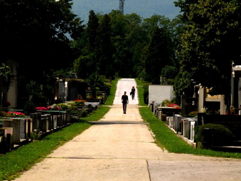 Szene: Beerdigung